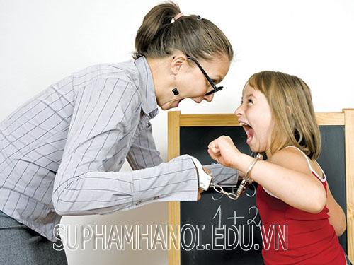 Có nên rèn học trò bằng kỷ luật?